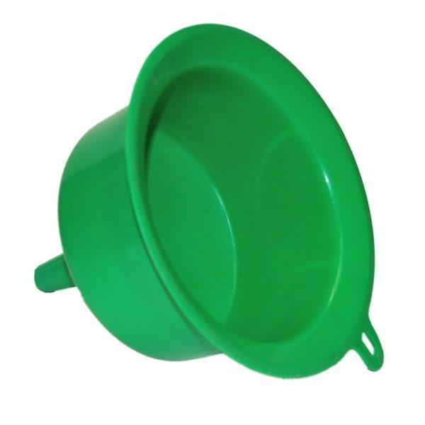 Műanyag tölcsér 200 mm